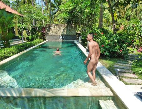 Bali swinger resort